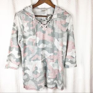 Active Pink/Gray Camouflage Pattern Hoodie NWT S